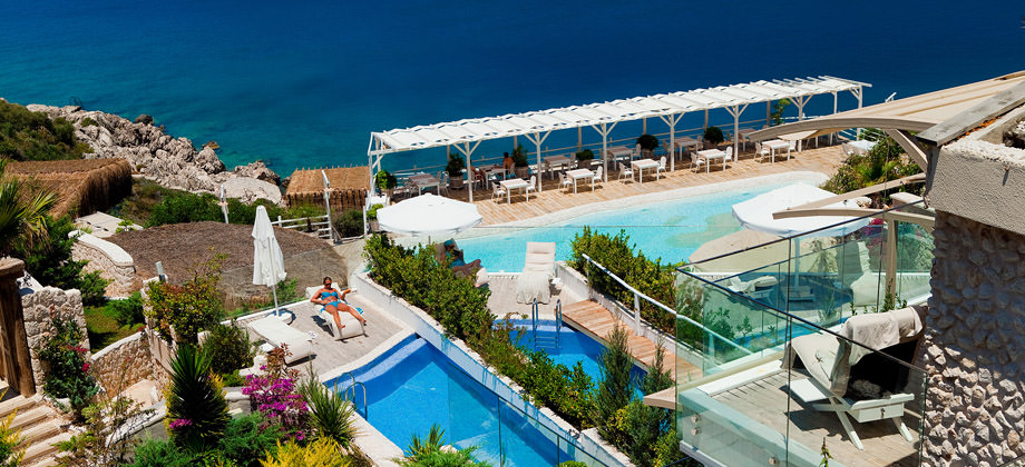 beach-hotel-in-turkey